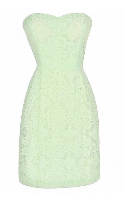 Graceful Lace Strapless Dress in Mint